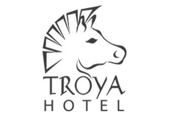 troya-otel-siyah-logo